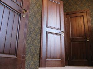 dveri-iz-dyba-620x4651