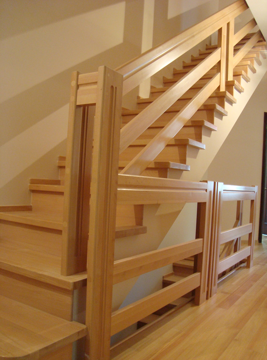 Как сделать перила для лестницы из дерева и