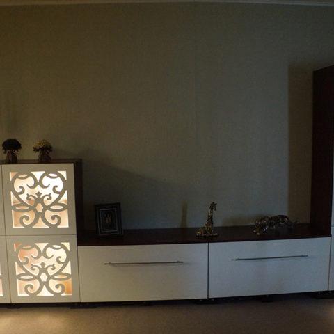 Гостиная с ажурными фасадами